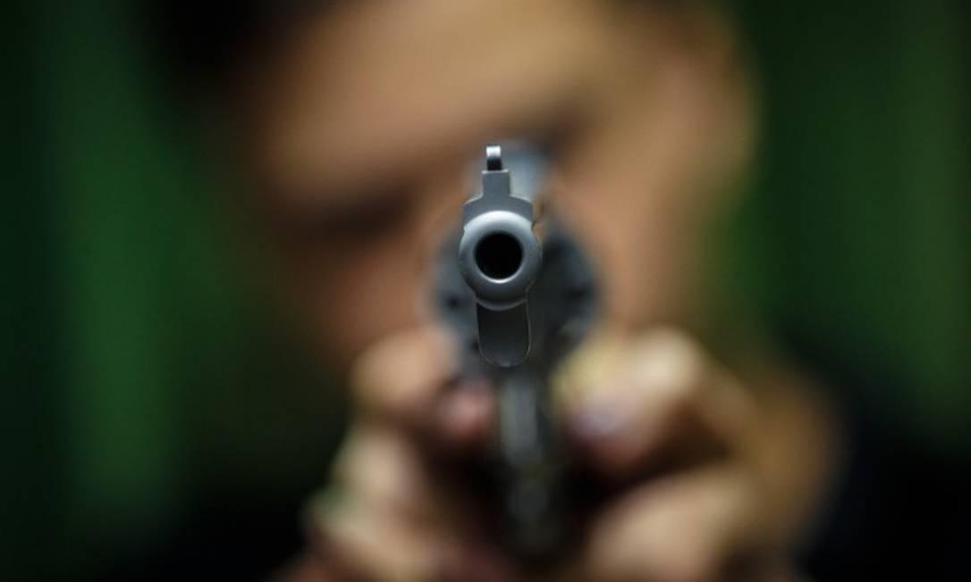 Edital preparado pelo ministério da Justiça prevê compra de 106 mil pistolas 9mm Foto: Daniel Marenco / Agência O Globo
