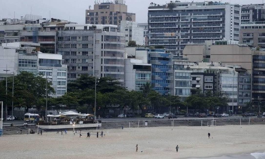Imóveis no Rio de Janeiro: mercado imobiliário começa a reagir Foto: / Domingos Peixoto / Agência O Globo