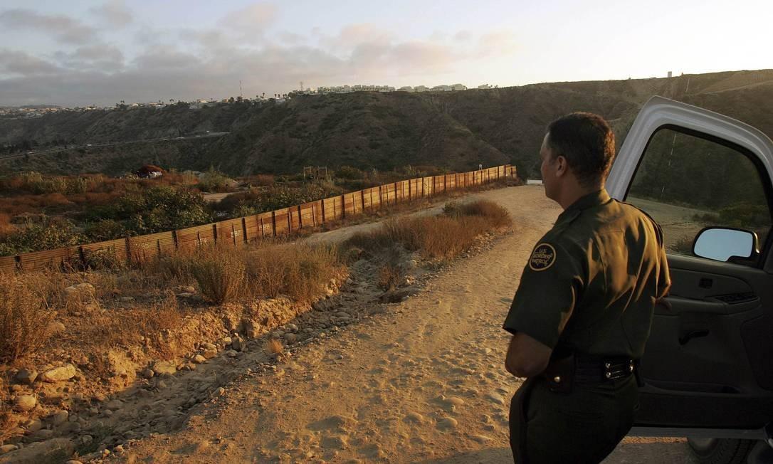 Segundo dados da Patrulha de Fronteira, entre outubro e abril foram detidos 98.052 imigrantes no setor de El Paso, em meio a um crescente volume de emigrantes através do território mexicano. Foto: Monica Almeida / The New York Times