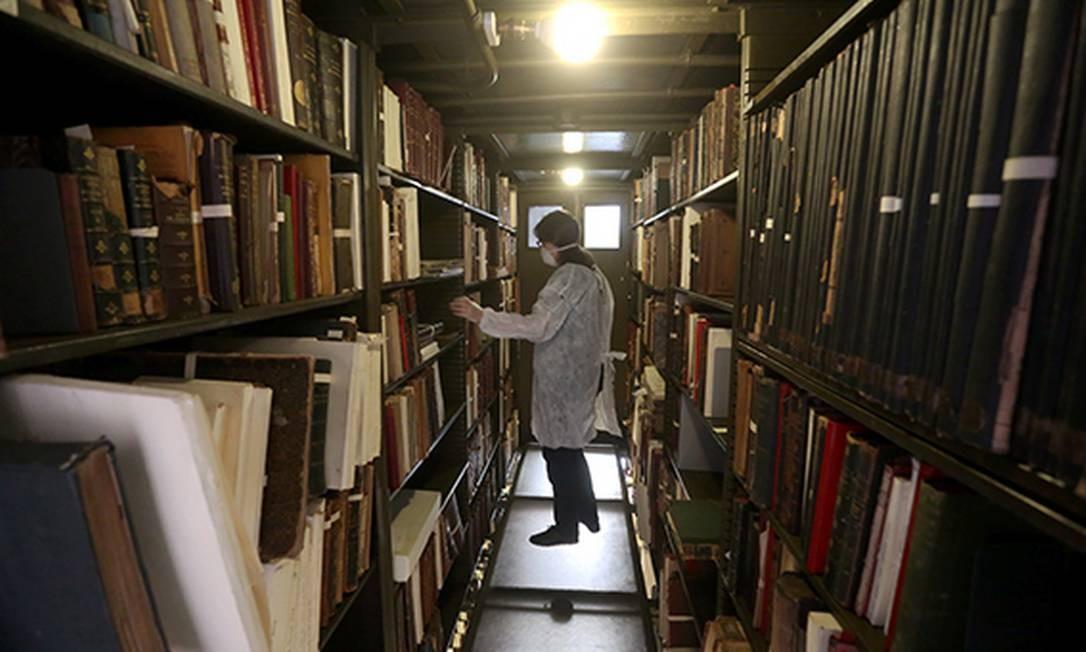 Biblioteca dos livros raros Foto: Custódio Coimbra / Agência O Globo
