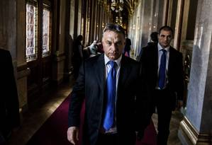 Viktor Orban, primeiro-ministro nacionalista da Hungria, no Parlamento, em 20 de outubro de 2014 Foto: AKOS STILLER / NYT