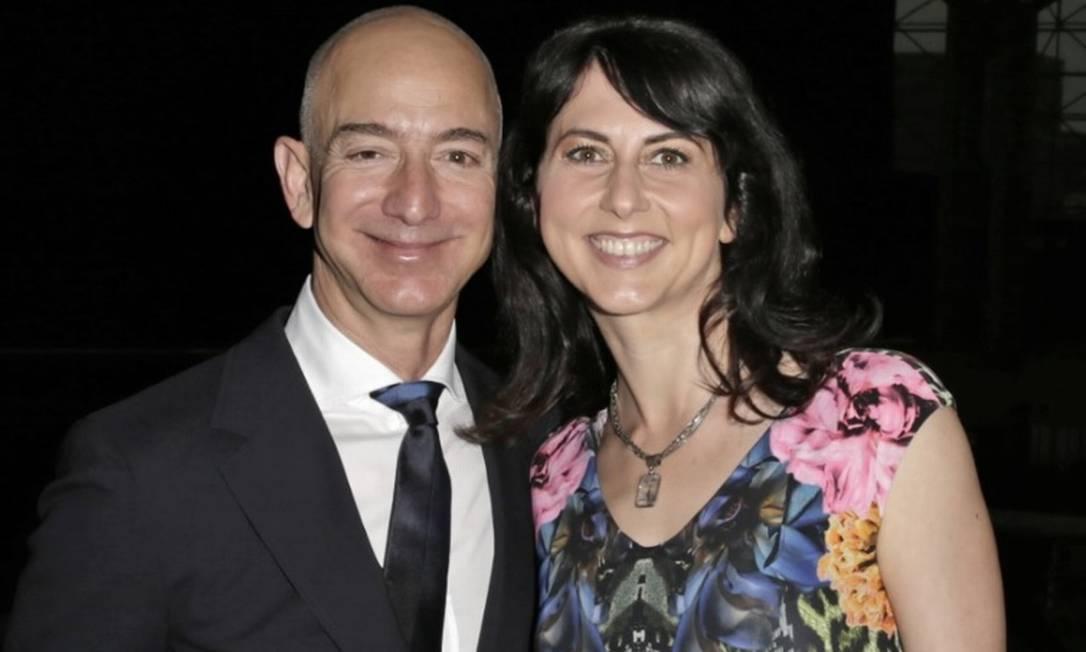 MacKenzie se divorciou de Jeff Bezos no início do ano Foto: / Bloomberg