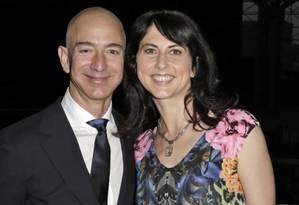 MacKenzie se divorciou de Jeff Bezos no início do ano Foto: Bloomberg