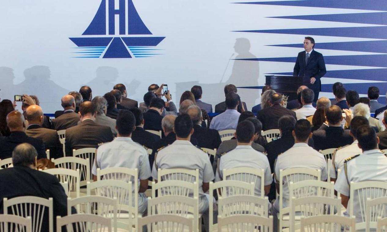 No lançamento da Frente Parlamentar Mista da Marinha Mercante Brasileira, em Brasília, no Clube Naval faltou público Foto: Daniel Marenco / Agência O Globo