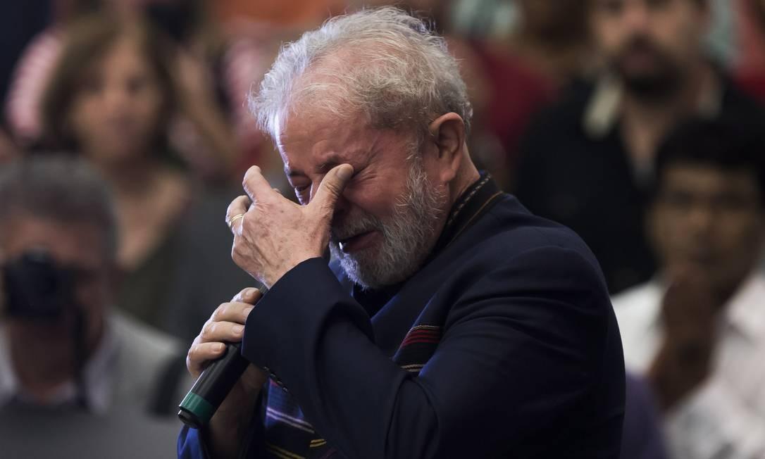 Lula na missa de um ano da morte de Marisa Leticia, esposa do ex-presidente, no Sindicato dos Metalurgicos, em fevereiro do ano passado Foto: Edilson Dantas / Agência O Globo