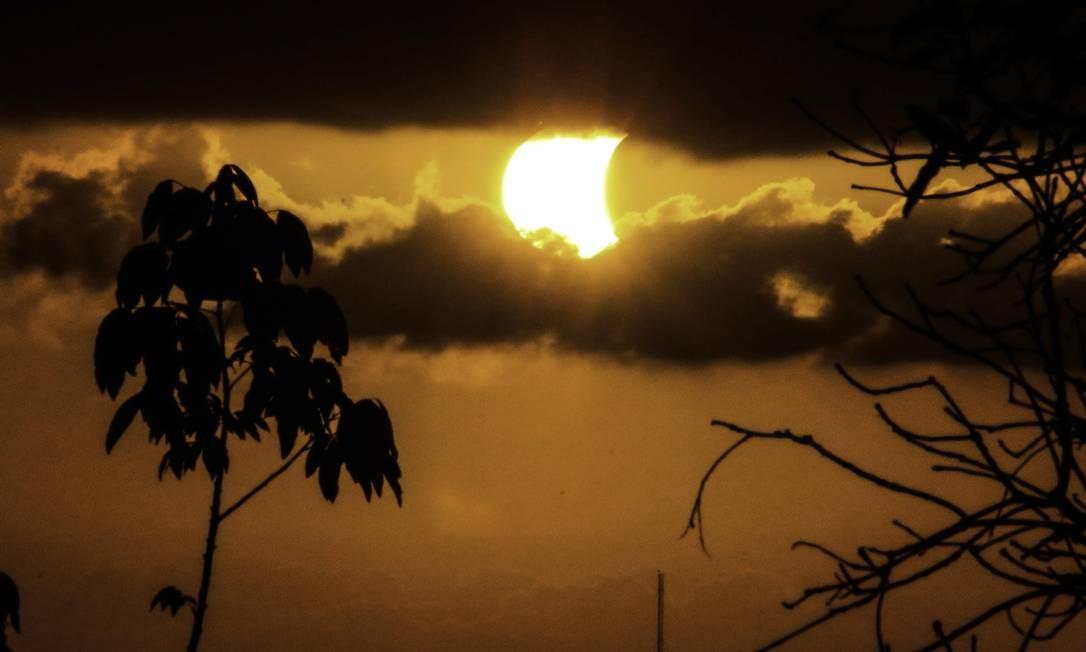Imagem do eclipse solar em Olinda, PE Região Metropolitana do Recife, PE - 21/08/2017 Foto: Jr Manolo / Agência Fotoarena/O Globo