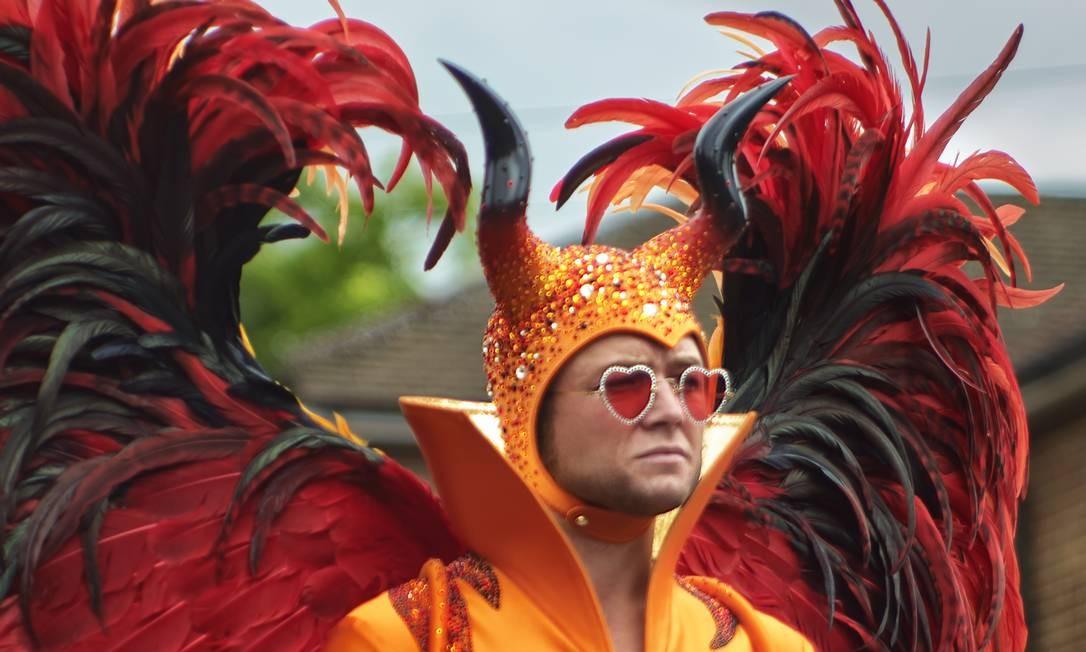 """CULTURA - Filme """"Rocketman"""" conta a vida de Elton John Taron Egerton as Elton John in Rocketman from Paramount Pictures. Foto: Gavin Bond"""