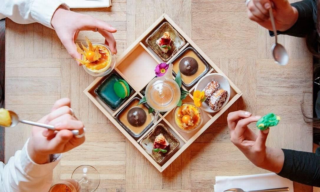 Sobremesa em caixinha é uma das surpresas do restaurante Australasia, em Manchester, na Inglaterra Foto: Lucas Smith / Divulgação