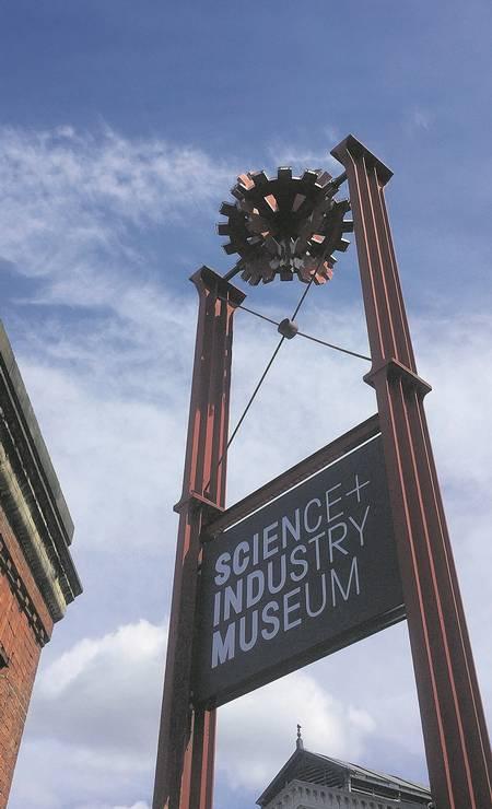 O Science and Industry Museum, que foca na história da tecnologia e da Revolução Industrial em Manchester, aposta em interatividade Foto: Divulgação