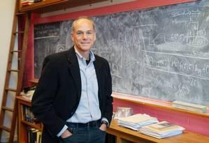 Marcelo Gleiser: físico brasileiro é pesquisador da Faculdade de Dartmouth, nos Estados Unidos Foto: Dartmouth College / Eli Burakian