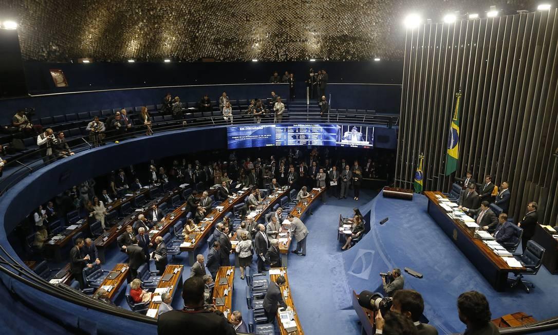 Plenário do Senado Federal, em Brasília: senadores votaram medida provisória Foto: Jorge William / Agência O Globo