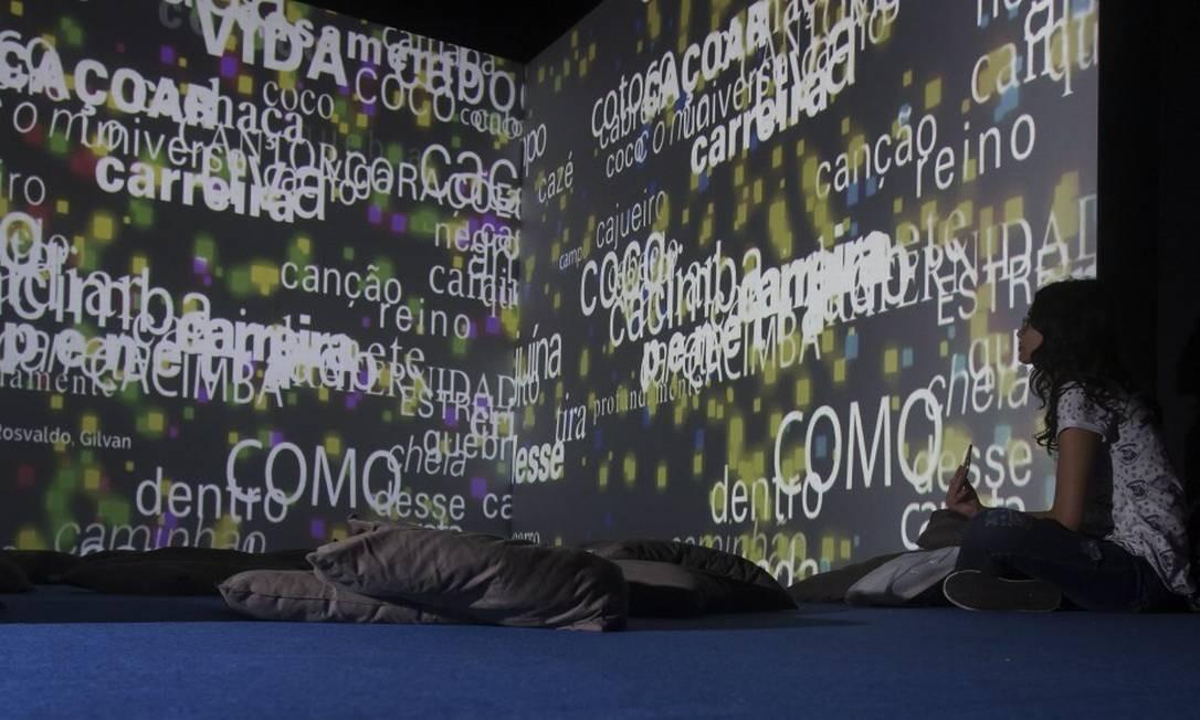 Bienal do Livro no Anhembi. Na foto, estande do Museu da Imigração Foto: Edilson Dantas / Agência O Globo