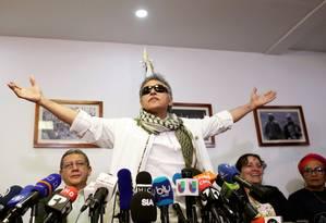 Ex-guerrilheiro Jesus Santrich fala a imprensa após ser libertado em aio de 2019 Foto: REUTERS/30-05-2019