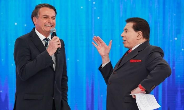 Bolsonaro no palco do programa de Silvio Santos, que o recebeu para falar sobre a reforma da Previdência Foto: Alan Santos / PR