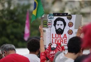 Entre estudantes, 'velhinhas' pedem 'Lula livre' Foto: Arquivo Pessoal / Arquivo Pessoal