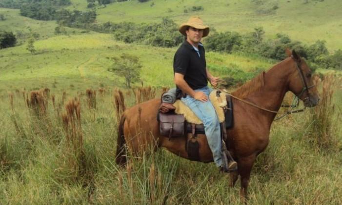 Francisco Diniz, assessor que fez faculdade integral de veterinária enquanto Foto: Arquivo pessoal