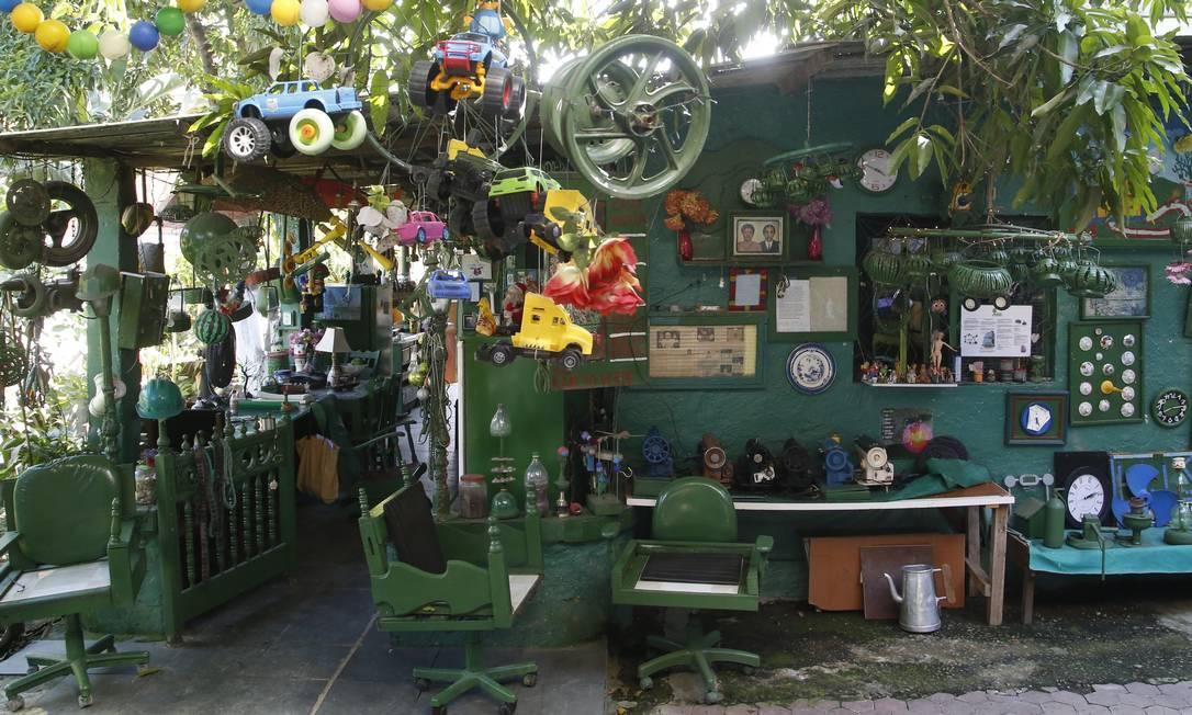 A Casa Museu Rancho Verde, no Bumba, nasceu de um sonho e virou ponto de disseminação de consciência artística e ambiental Foto: Fábio Guimarães / Agência O Globo