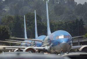 Reguladores suspenderam voos das aeronaves da Boeing, modelo 737 MAX, depois de dois acidentes, em 5 meses, com 346 passageiros Foto: David Ryder/AFP