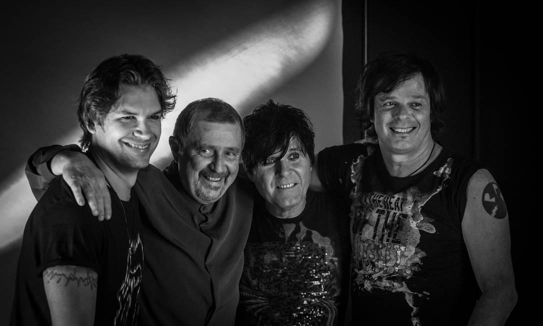 O grupo RPM, em 2019. P.A. é o segundo à direita Foto: Divulgação