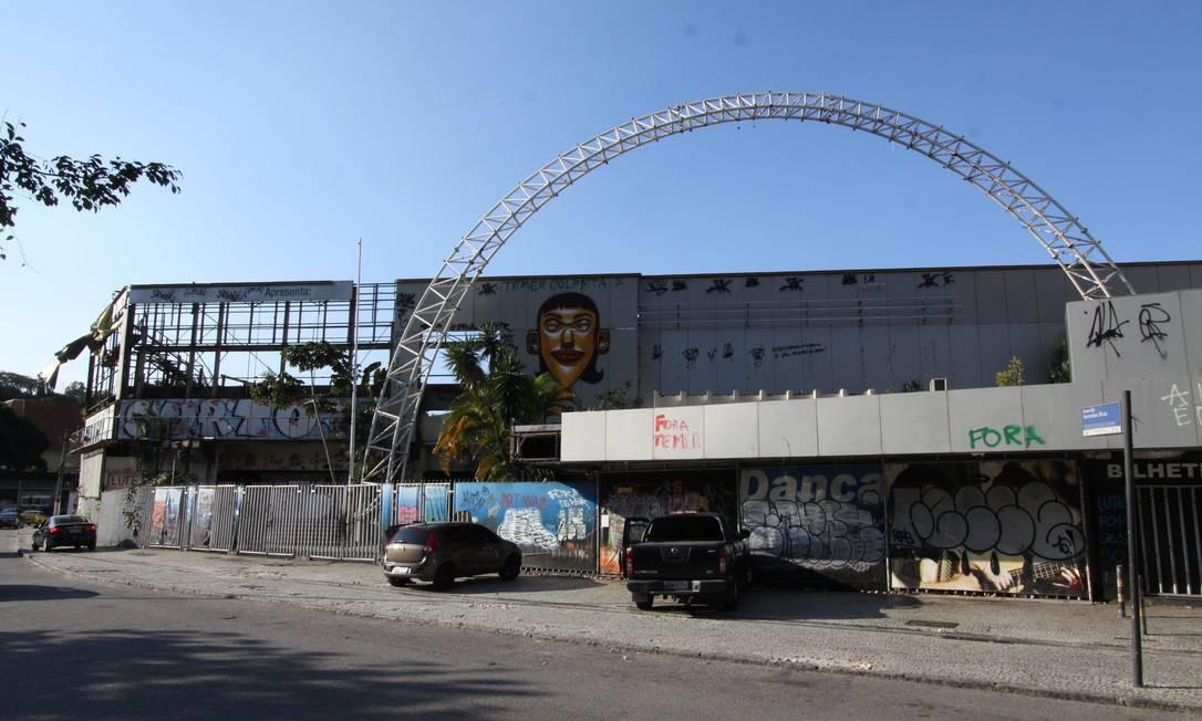 A casa de espetáculos Canecão, em Botafogo, na Zona Sul, está fechada desde 2010. O espaço é de propriedade da UFRJ. A reabertura deve ser feita através de projeto que tem parceria com o BNDES Foto: Paulo Nicolella / Agência O Globo