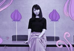 A atriz Yumi Ishikawa, líder do movimento KuToo, que entregou uma petição ao governo japonês pedindo que o uso do salto alto deixe de ser exigido às mulheres no mercado de trabalho Foto: Arte de Luiz Lopes sobre foto de Charly Triballeau/AFP