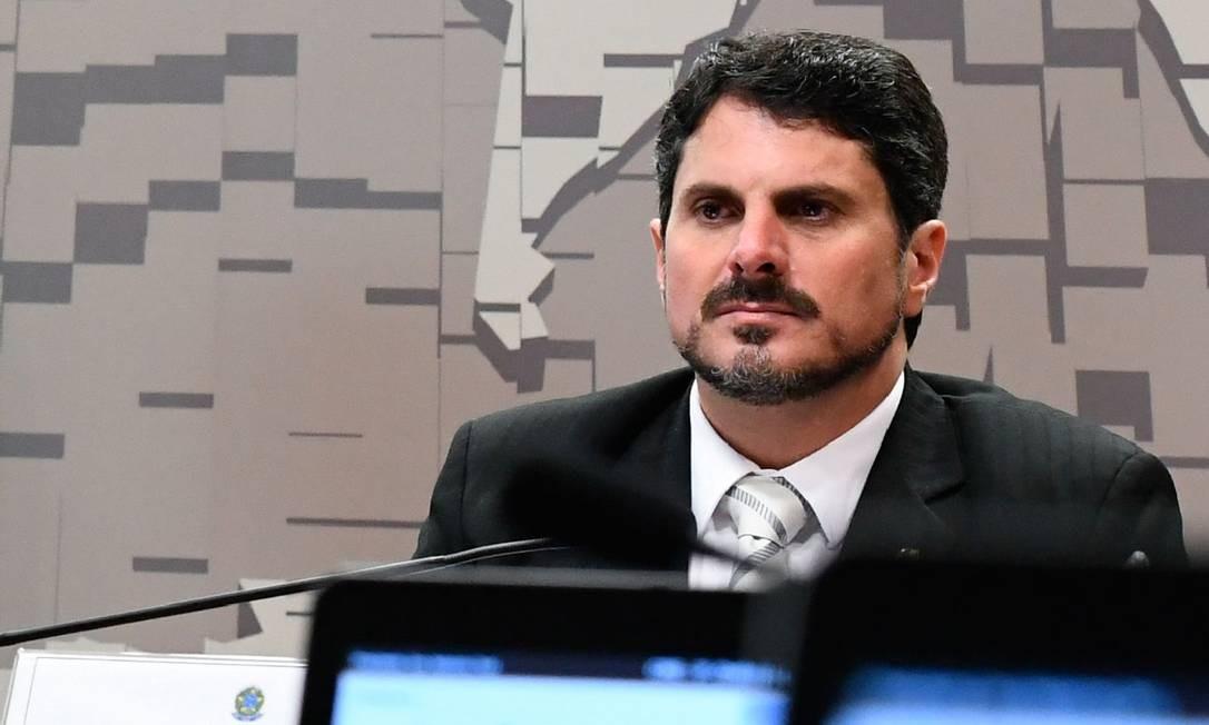 O senador Marcos do Val (PPS-ES), que defendeu em parecer a manutenção do decreto das armas, organizou um prêmio patrocinado por empresas armamentistas Foto: Agência Senado
