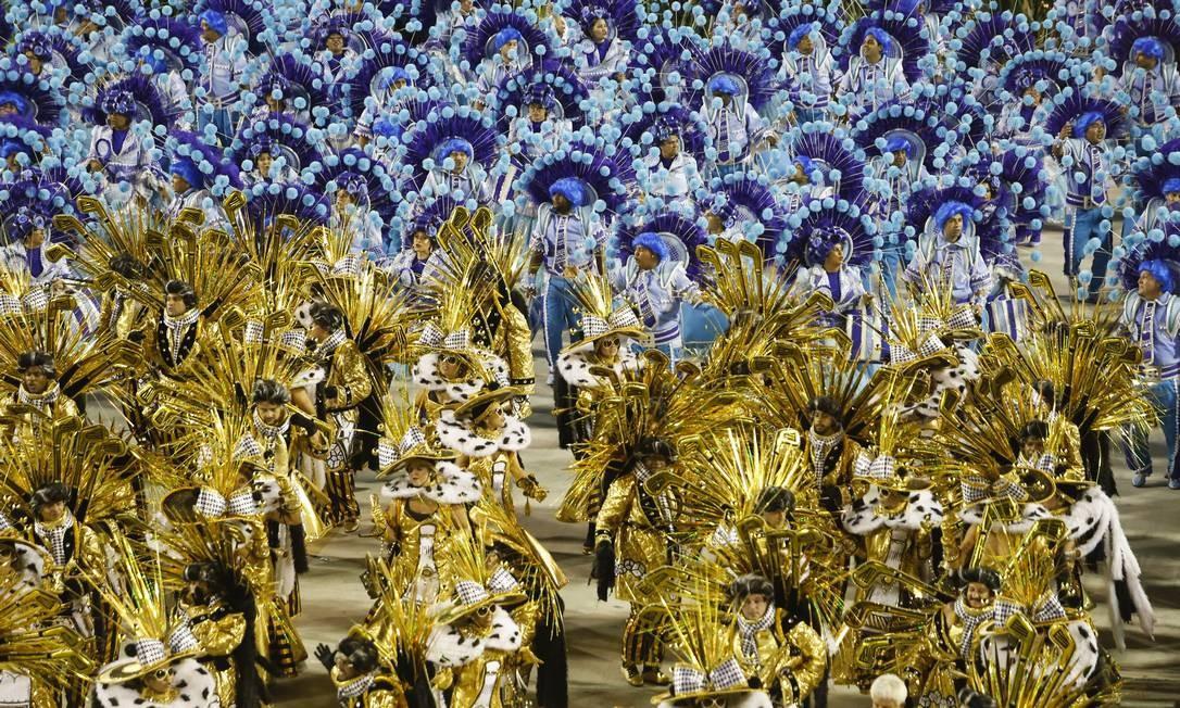 A Imperatriz explorou diversos aspectos do uso dinheiro ao longo da história Foto: Luís Alvarenga / Agência O Globo