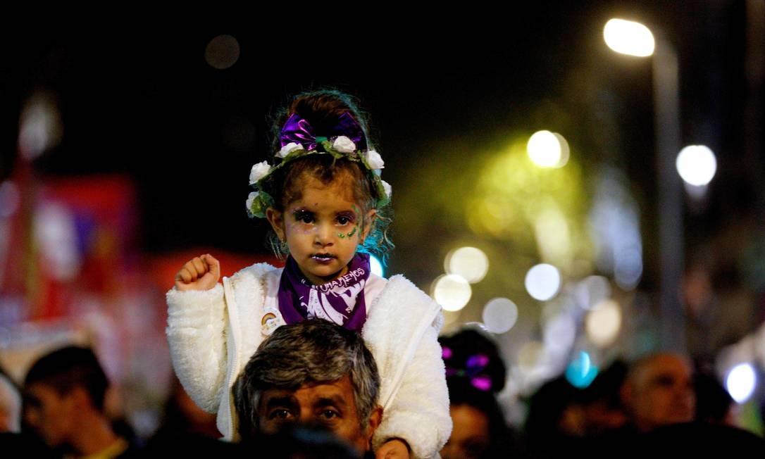 Um relatório publicado pela ONG Casa del Encuentro revela que entre 2008 e 2019 foram registrados 2.952 feminicídios e feminicídios vinculados, que deixaram 3.717 filhos e filhas sem suas mães. Foto: EMILIANO LASALVIA / AFP
