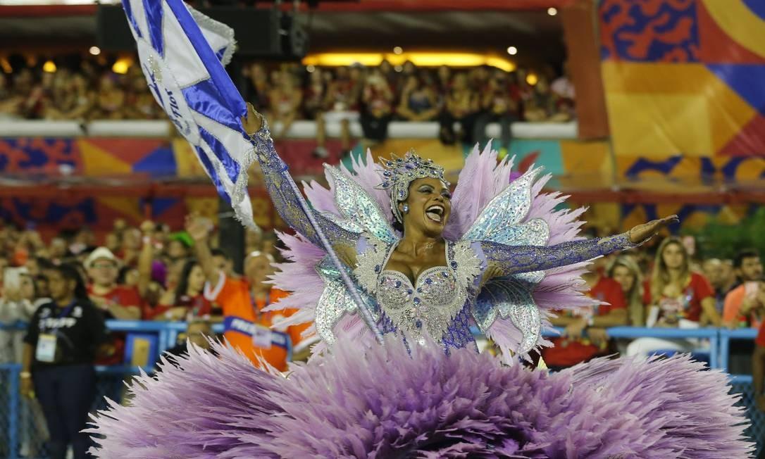 Selminha Sorriso, porta bandeira Foto: Pablo Jacob / Agência O Globo