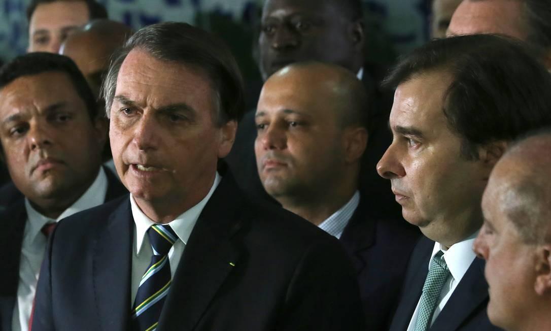 Bolsonaro vai à Câmara dos Deputados para entregar o projeto de lei que muda algumas regras de trânsito Foto: Jorge William / Agência O Globo