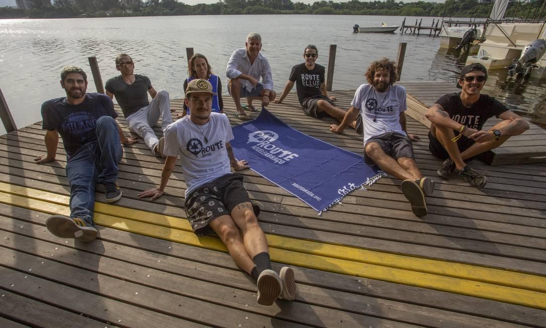 Grupo quer reunir 18 mil voluntários durante Aquele Abraço para falar sobre poluição dos oceanos Foto: Agência O Globo / Bruno Kaiuca