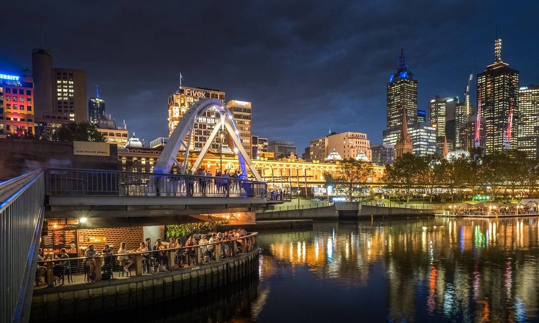 O centro de Melbourne visto a partir do Rio Yarra: cidade no sudeste da Austrália é uma das cidades mais diversas do país Foto: Asanka Brendon Ratnayake / The New York Times