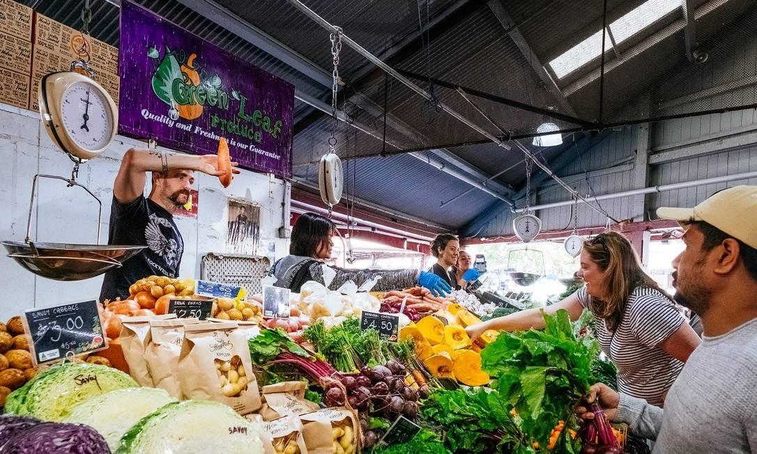 A feira do Queen Victoria Market não é apenas a maior de Melbourne; é também a mais antiga da cidade, com 140 anos Foto: Asanka Brendon Ratnayake / The New York Times