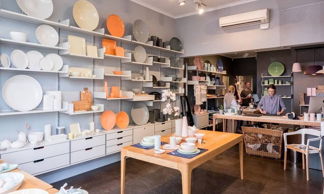 Peças de cerâmica e artigos de cozinha na Mud, uma das lojas de design independentes localizadas no bairro de Fitzroy, em Melbourne Foto: Asanka Brendon Ratnayake / The New York Times