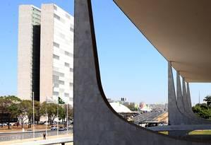 O Palácio do Planalto e o Congresso Nacional Foto: Givaldo Barbosa / Agência O Globo