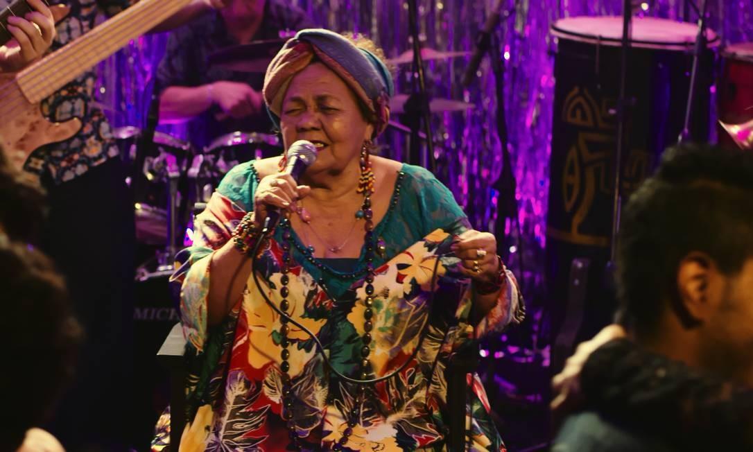 Dona Onete em cena do filme 'Amazônia Groove' Foto: Divulgação