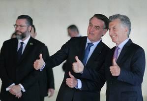 Em janeiro, presidente Jair Bolsonaro participa da cerimônia oficial para receber presidente da Argentina, Mauricio Macri, em Brasília Foto: Jorge William / Agência O Globo/16-01-2019