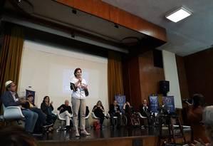 Leila Ervatti, diretora do IBGE que entregou o cargo, durante evento 'Todos pelo Censo', no Centro do Rio Foto: Daiane Costa / Agência O Globo