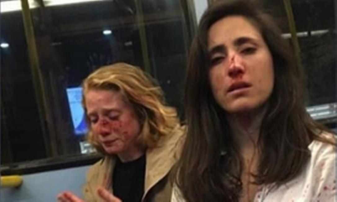 Namoradas foram agredidas em um ônibus em Londres Foto: Instagram / Reprodução