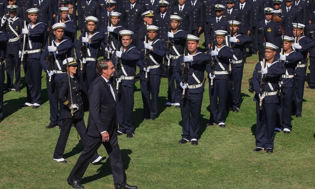 O presidente Jair Bolsonaro paritcipa de formatura no Centro de Instrução Almirante Alexandrino, no Rio Foto: Marcelo Regua / Agência O Globo