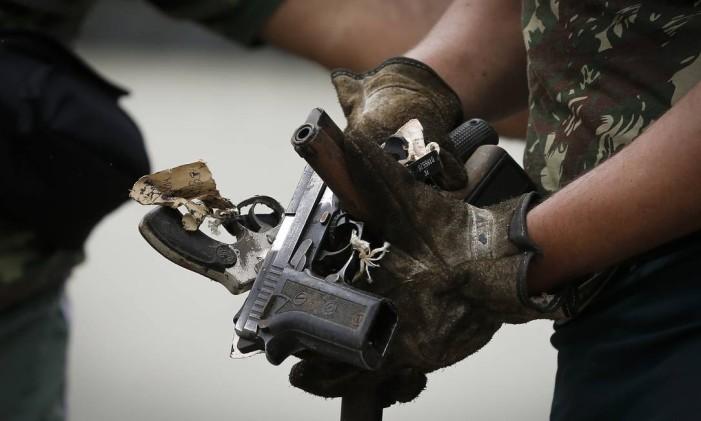 Exército Brasileiro destrói armas no Batalhão de Manutenção e Suprimento de Armamento Foto: Pablo Jacob 27-11-2018 / Agência O Globo