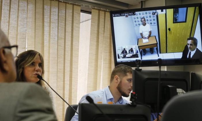 Audiencia por videoconferência do ex-governador Sergio Cabral no TJ-RJ Foto: Alexandre Cassiano 21-02-2017 / Agência O Globo