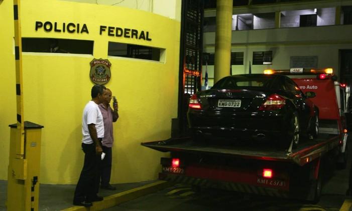 Operação Caravelas tem apreensão de carros, levados do Rio para Brasília Foto: Marco Antônio Teixeira / Agência O Globo