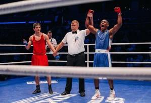 Luiz Fernando comemora vitória no Grand Prix de Ústí Nad Labem, na República Tcheca Foto: Divulgação
