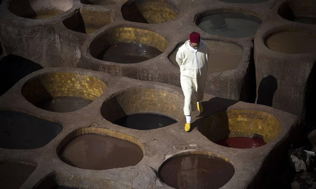 Curtume visto do alto em Fez, no Marrocos Foto: FADEL SENNA / AFP