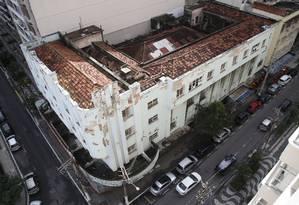 A reforma do prédio prevê recuperação do telhado e revitalização de fachada, pisos, paredes e teto, além de esquadrias e instalações. Foto: Fábio Guimarães / Agência O Globo