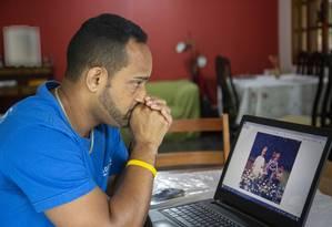 Paul Fernando Schreiner, expulso do Estados Unidos, agora está no Brasil sem nacionalidade definida, sendo considerado um apátrida. Foto: Marcos Ramos / Agência O Globo
