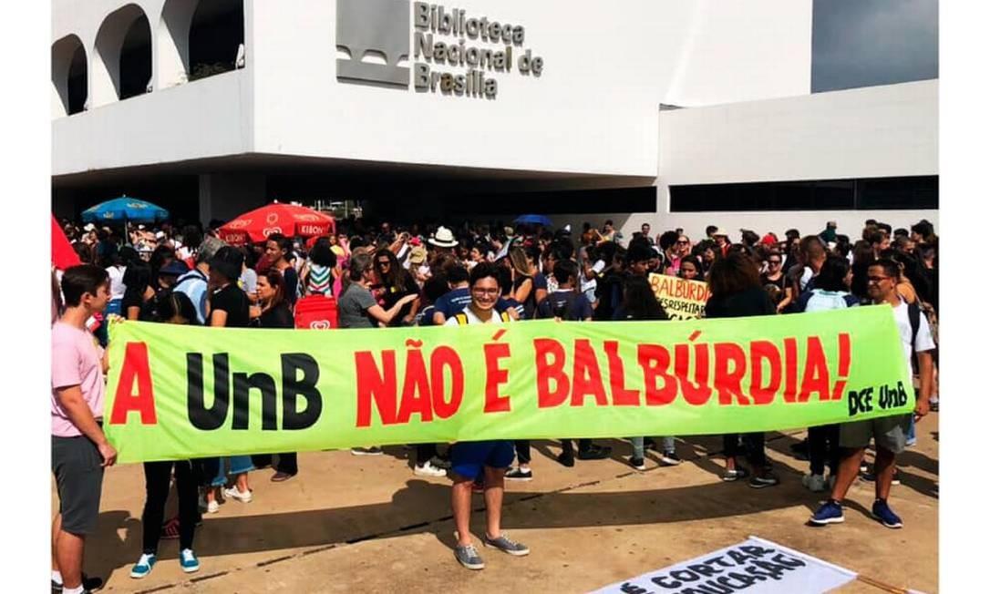 Manifestação contra decisão de contingenciamento nas universidades federais Foto: Reprodução/ DCE-UnB