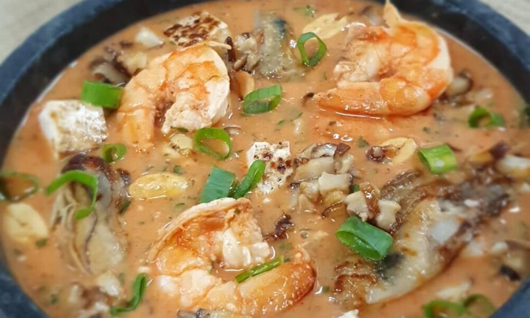 Curry de camarão e ostras, do chef Pedro Benoliel, para o Dia dos Namorados Foto: Divulgação