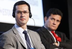 O procurador Deltan Dallagnol e o juiz Sergio Moro tiveram conversas privadas divulgadas pelo site 'The Intercept' Foto: Edilson Dantas / Agência O Globo (24/10/2017)